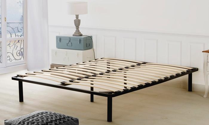 sommier latte avec cadre en fer groupon shopping. Black Bedroom Furniture Sets. Home Design Ideas