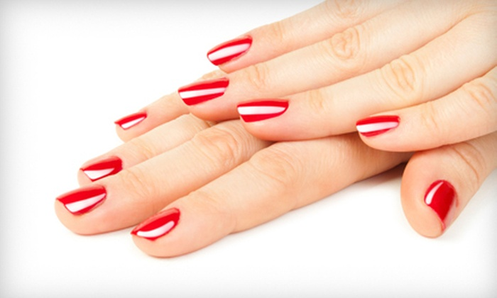 Angela Nails and Spa - Cypress Park: Manicure
