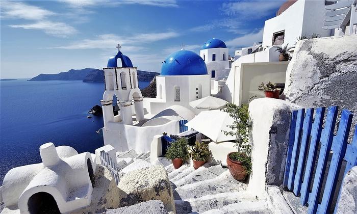 ✈ Santorini: volo a/r tasse incluse e 7 notti con cene | Groupon Viaggi