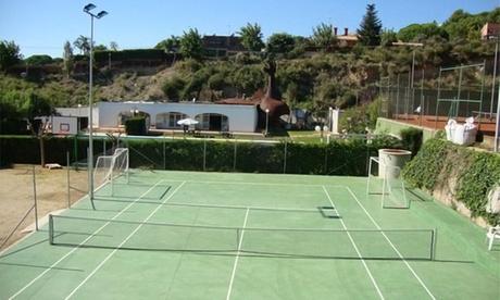 5, 10 o 15 clases de tenis para todos los niveles desde 34 € en La Llobera