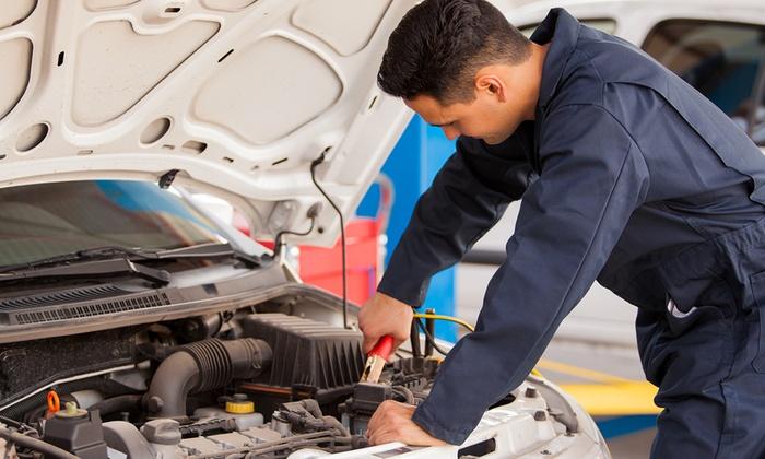 Omnia - OMNIA (CASALECCHIO DI RENO): Tagliando per auto di qualsiasi cilindrata e ricarica aria condizionata (sconto fino a 81%)