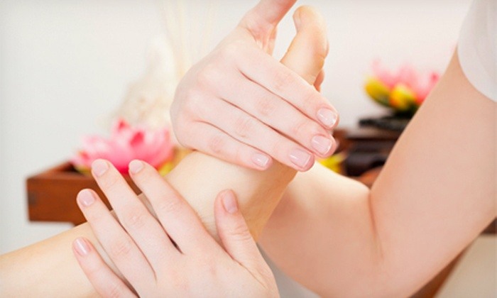 Montra Traditional Thai Massage - Heritage District: $49 for a Thai Massage with Aromatherapy and a Reflexology Treatment at Montra Traditional Thai Massage ($100 Value)