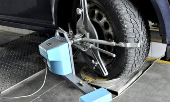 Up to 30% Off Wheel Alignment at Atlanta Metropolitan Auto