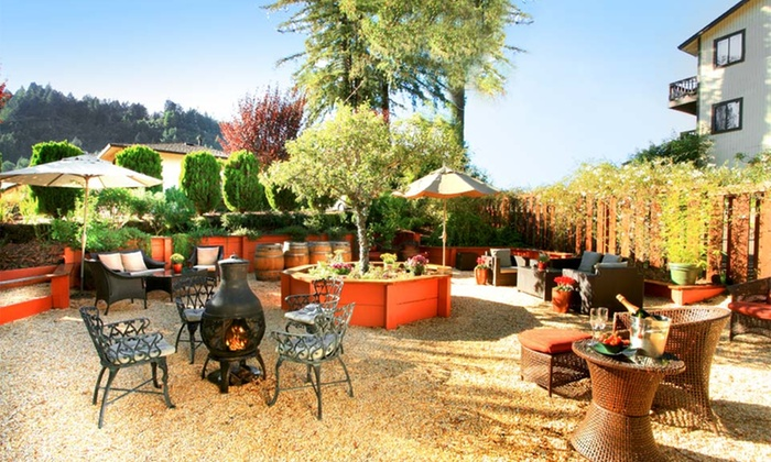 West Sonoma Inn & Spa - Greater Sonoma: 1-Night Stay with Champagne and Winery Passes at West Sonoma Inn & Spa in California