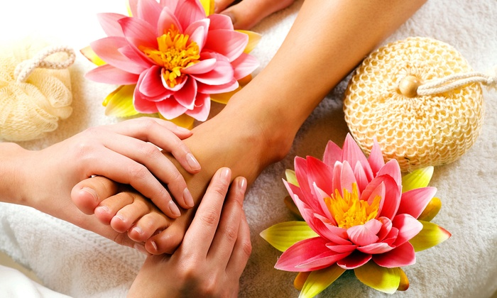 Foot Spa - Green Hills: $19 for One 30-Minute Reflexology Session at Foot Spa ($38 Value)