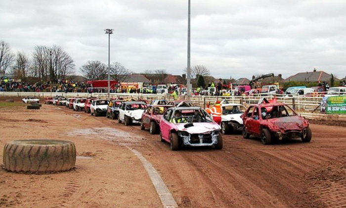 Startrax - Coventry: Stock Car Racing: Entry For Two (£14) or Family of Five (£19) with Startrax