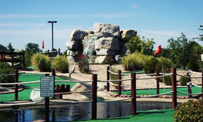 Ben and Ari's - Fishers: $15 for Four Games of Mini Golf or Mini Bowling and 25 Arcade Tokens at Ben and Ari's (Up to $30.25 Value)
