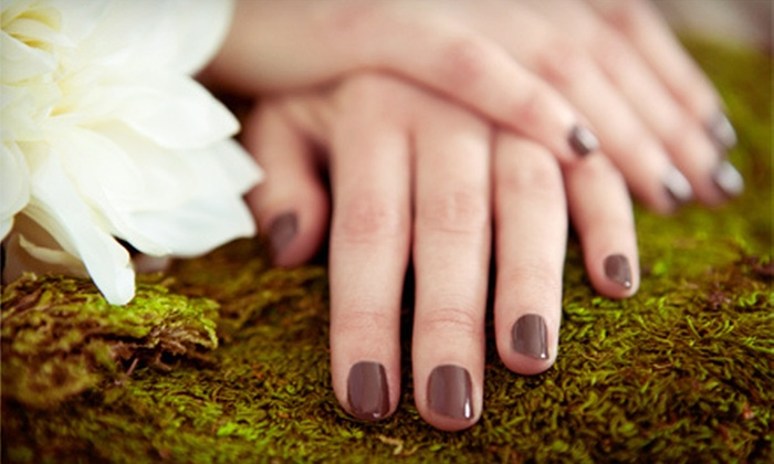 Halo Studios - Omaha: $17 for a Shellac Manicure at Halo Studios ($35 Value)