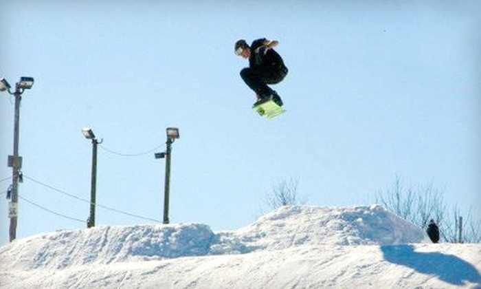 Four Lakes Snowsports - Lisle: Skiing and Snowboarding at Four Lakes Snowsports (Up to 52% Off). Four Options Available.