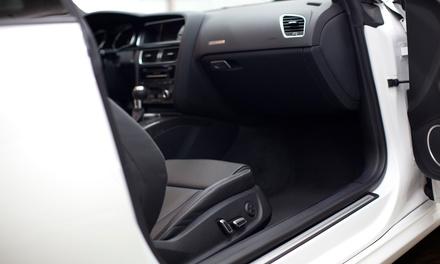 Tto. de ozono para coches con opción a lavado a mano, encerado y limpieza de tapicería desde 9,90 € en Hugman Automoción