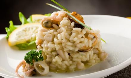 Menu gourmet di pesce con antipasto, primo e secondo, dolce e vino da Soul Kitchen Restaurant, a Ostia (sconto 57%)