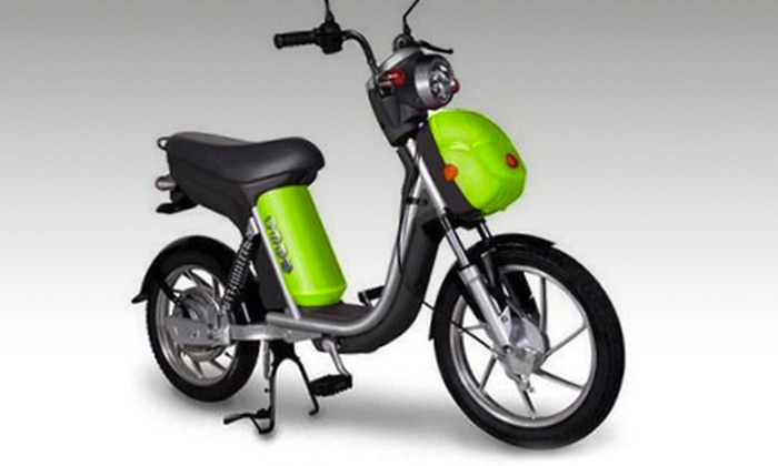 Green Pedal e-Scooters - Sandy Hill - Ottawa East - University of Ottawa Campus: $29 for a One-Day Electric-Scooter Rental from Green Pedal e-Scooters ($60 Value)