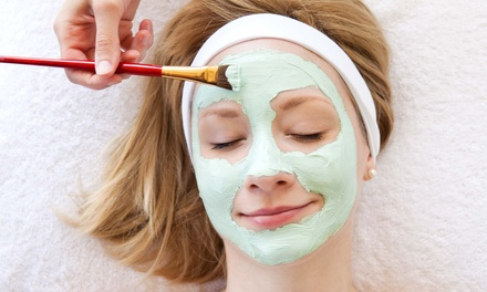 $23 60-Minute Deep Pore-Cleansing Facial Treatment at Kahootz Salon and Spa ($45 Value)