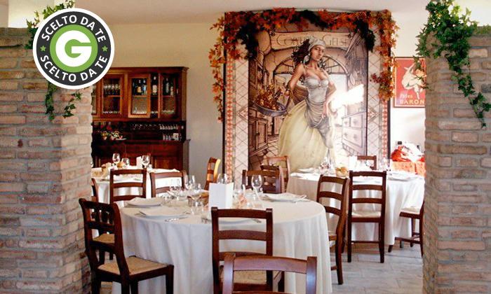 Ristorante Corte dei Gelsi - Altedo (BO): Menu tipico emiliano di 3 o 4 portate con vino da 24,90 €