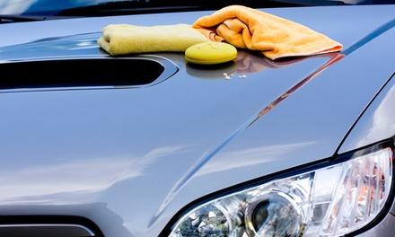 Lavado a mano de coche con opción a pulido de faros y/ o limpieza de tapicería desde 12,90 € en Autolavado Top Car Wash