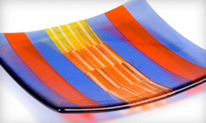 Bullseye Glass Co. - Southeast Portland: $47 for an Introductory Fused-Glass Plate-Making Class at Bullseye Glass Co. ($100 Value)