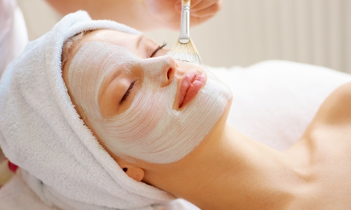 Glamour Spa - Cragin: One or Three Facials at Glamour Spa (Up to 55% Off)