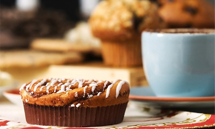 The Grindz Coffee & Tea - Memphis: $15 for Punch Card for Six Visits, Each Good for $5 Worth of Café Food and Drinks at The Grindz Coffee & Tea ($30 Value)