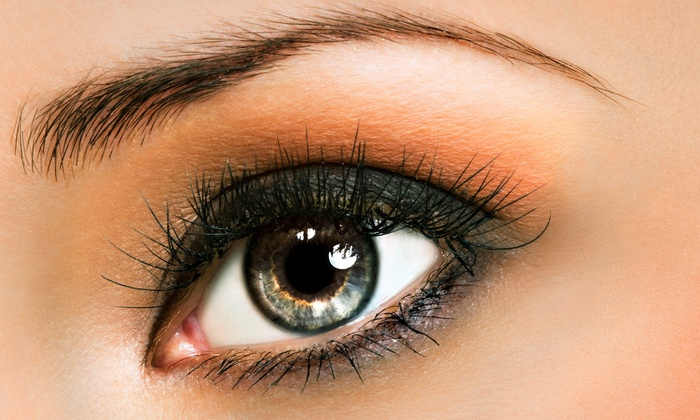 Metro Salons - Multiple Locations: $89 for a Full Set of Mink or Silk Eyelash Extensions at Metro Salons ($300 Value)