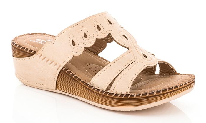 879b1beab75 Lady Godiva Comfort Wedge Sandal (Size 7.5)