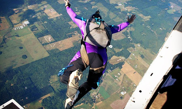 Skydive! Toledo - Ethel: $125 for a Static-Line Skydiving Session with a First-Jump Course from Skydive! Toledo ($209 Value)