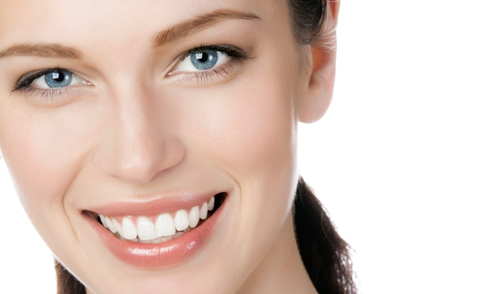 Hemi Day Spa - Kendall: $62 for Two Teeth-Whitening Sessions at Hemi Day Spa ($149 Value)