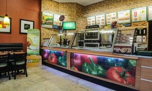 SUBWAY®: Sandwich z restauracji SUBWAY® z napojem i dolewką od 8,99 zł w Bydgoszczy – 3 lokalizacje