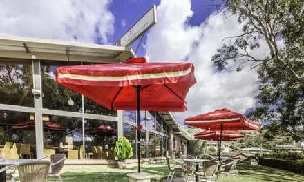 Murraylands: 2- or 3-Night Riverside Break for Two or Four with Late Check-Out and Food Voucher at Mannum Motel