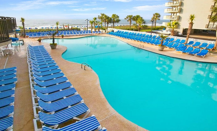 Oceanfront Myrtle Beach Resort with Water Park