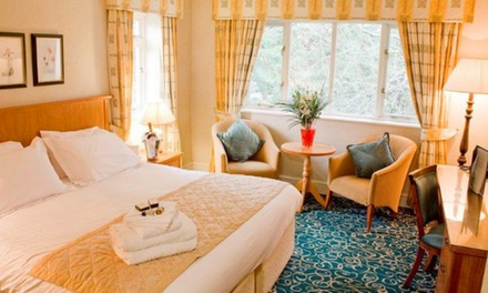 Hampshire: 1 to 2 Nights for Two with Breakfast and Option for Dinner at 4* the Lismoyne Hotel