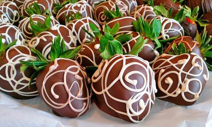 Dipped Fresh - Chattanooga: $12 for $20 Worth of Chocolate-Covered Handcrafted Desserts from Dipped Fresh