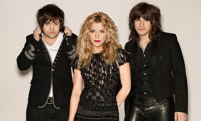 The Band Perry: World Tour 2014 - Toyota Oakdale Theatre: $45 for a G-Pass Package to The Band Perry at Toyota Oakdale Theatre on May 1 (Up to $86 Value)