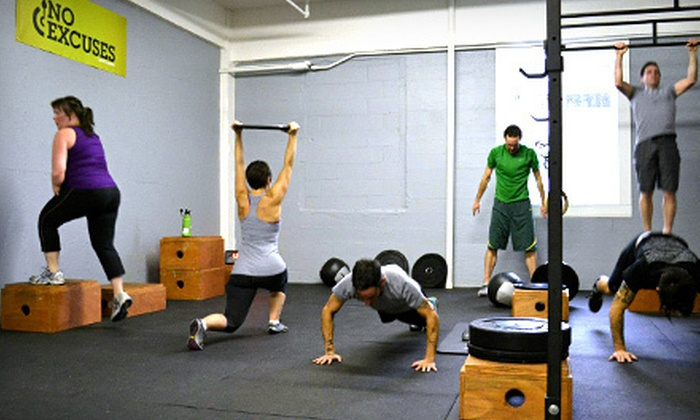 PlantFit Training Studio - Buckman: $83 for a Foundations Fitness Course with 12 Classes at PlantFit Training Studio ($150 Value)
