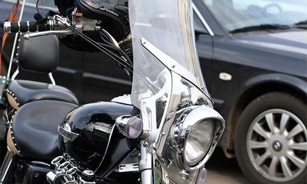 Curso para obtener el carné de moto A2 por 29,90€ o el de coche con 6 u 8 prácticas desde 49,90€. Elige entre 5 centros