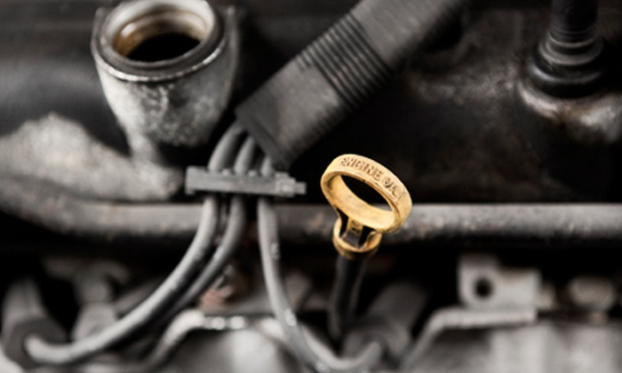 Hummel's B & B Automotive - Morse Park: $35 for Six Oil Changes, Six Tire Rotations, and Free Winter Car Inspection at Hummel's B & B Automotive ($69.99 Value)
