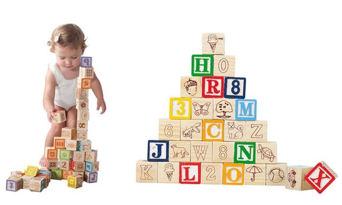 TitoloSet di 30 cubi in legno con lettere e numeri