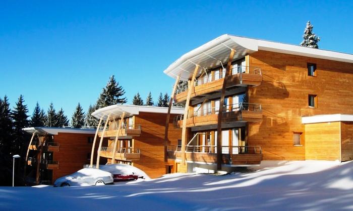 Chamrousse 1 semaine avec forfait de ski 6 jours en appartement au Domaine de lArselle pour 2 à 6 personnes
