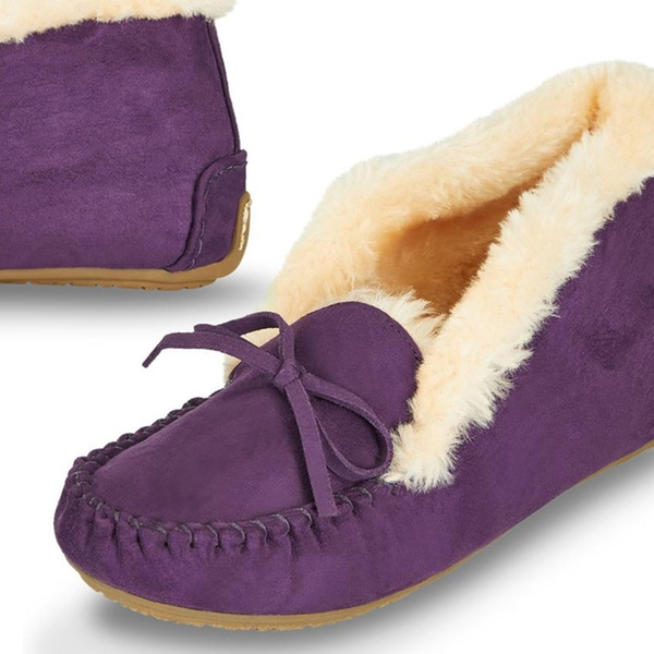 038df84505bc Up To 70% Off on Floopi Women s Slipper Moccasins