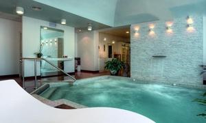Liberty Resort di Villa dei Tigli: Percorso benessere di 3 ore più camera in day use per 2 persone al Liberty Resort di Villa dei Tigli 920