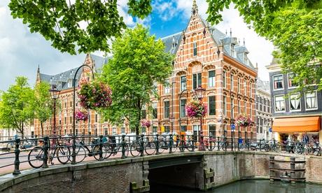 Amsterdam: Habitación doble estándar con desayuno para 2 personas en el Hotel Inn Amsterdam Arena Towers