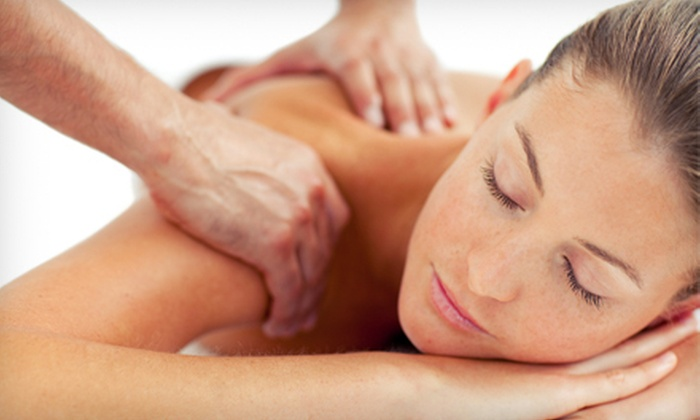 PSS Injury & Wellness Center - Ormewood Park: One or Two 60-Minute Massages and Chiropractic Consultations at PSS Injury & Wellness Center (Up to 74% Off)