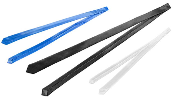 Aris Allen Skinny Ties: $9 for an Aris Allen Skinny Tie in Black, Blue, or White ($20 List Price)