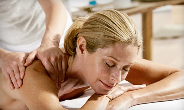 Healing Hands Massage and Mobile Services - Northeast Columbia: 60-Minute Swedish Massage or Deep-Tissue Massage with Hot Towels at Healing Hands Massage and Mobile Services (59% Off)