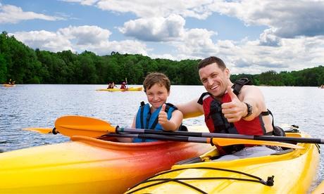 Paseo para 2 o 4 personas en kayak con pícnic y opción a noche de camping desde 14,95 € en Camping Valdearenas