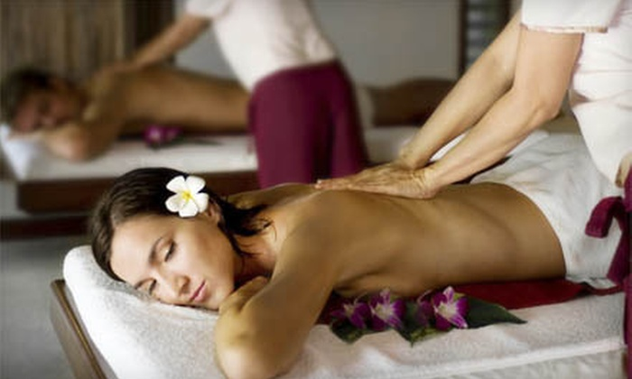 Bodique Mind & Body Wellness - Northwest Side: $99 for a Couples Massage Package with Chocolate-Covered Strawberries at Bodique Mind & Body Wellness ($236 Value)