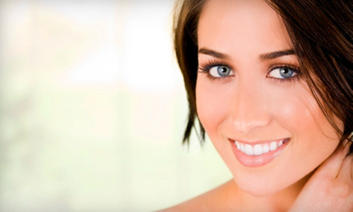 Aesthetic Facial Centre - Orchard Park: $99 for Ultrasound Facial and LED Session at Aesthetic Facial Centre in Orchard Park ($220 Value)