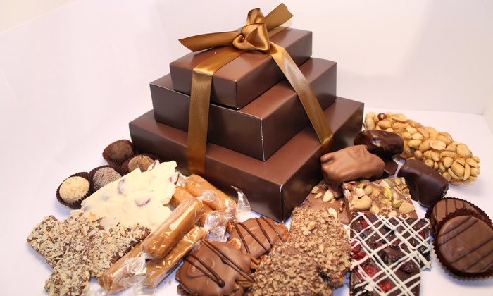 Mackinac Fudge Shop - St. Ignace: $15 for $30 Worth of Handcrafted Fudge, Candy, and Popcorn from Mackinac Fudge Shop