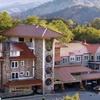 Stay at Waynesville Inn Golf Resort and Spa