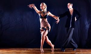 Sueno Latino: 8 o 16 lezioni di danza da un'ora ciascuna a scelta, valido in 2 sedi (sconto 72%)
