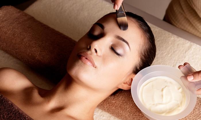 Studio Zia - Parma: Eco Mini Facial or Environmental, Rejuvenating, or Acne Facial at Studio Zia (Up to 53% Off)